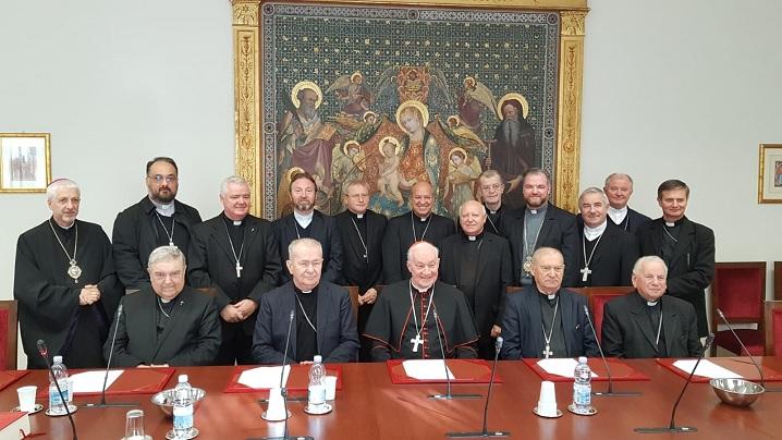 FOTO: Ierarhii catolici din România în vizită la Congregaţia pentru Episcopi