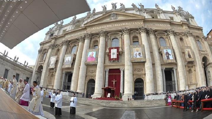 LIVE: Canonizarea a șapte noi sfinți