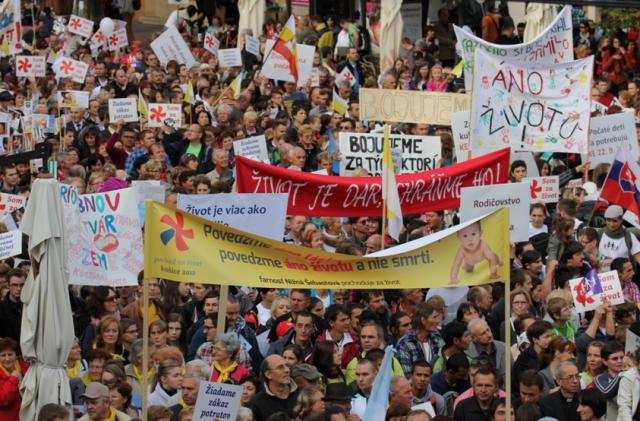 80.000 de oameni în stradă, pentru a susține familia și viața