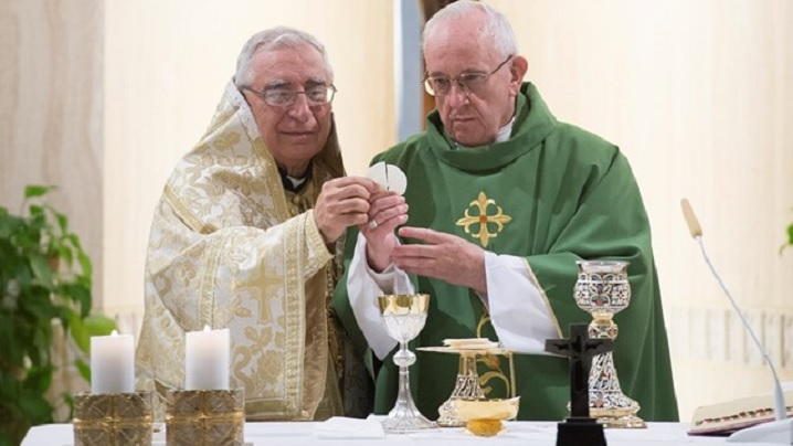 Papa Francisc se roagă pentru creștinii persecutați din Orientul Mijlociu