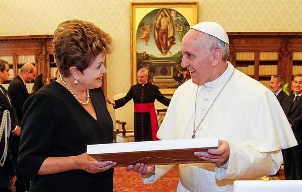 Președintele Braziliei l-a invitat pe Papa Francisc în Brazilia