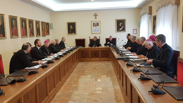 FOTO: Vizita episcopilor catolici din România la Congregația Cauzelor Sfinților