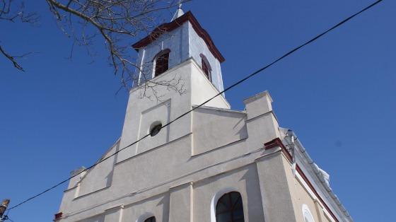 PS Claudiu  în mijlocul comunităţii greco-catolice din Aiton
