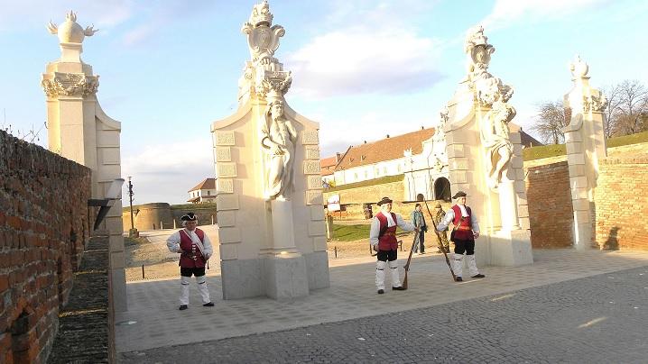 Cetatea din Alba Iulia reia ceremonialul militar pentru schimbarea gărzii