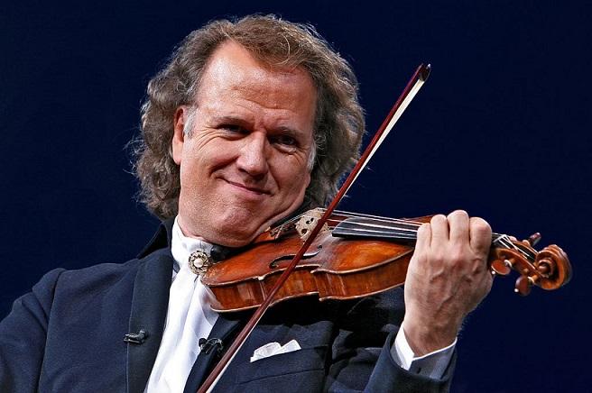 Violonistul Andre Rieu mai anunţă un concert în Bucureşti, al patrulea