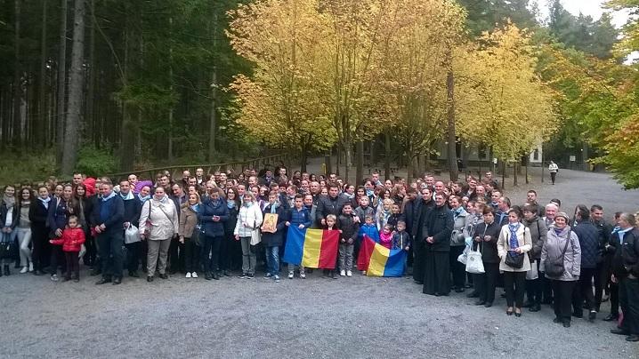 FOTO: Greco-Catolicii din Paris și Bruxelles în pelerinaj la Sanctuarul de la Banneux