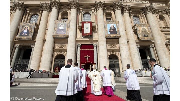 Biserica redă demnitatea celor care au păcătuit