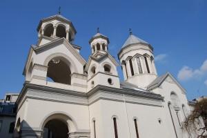 Salutul și meditația PS Sale Mihai, Vicarul greco-catolic al Bucureștilor rostit în Catedrala Armeană din București