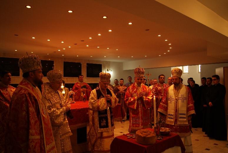 FOTO: manifestări dedicate împlinirii a 250 de ani de la moartea Episcopului Petru Pavel Aron