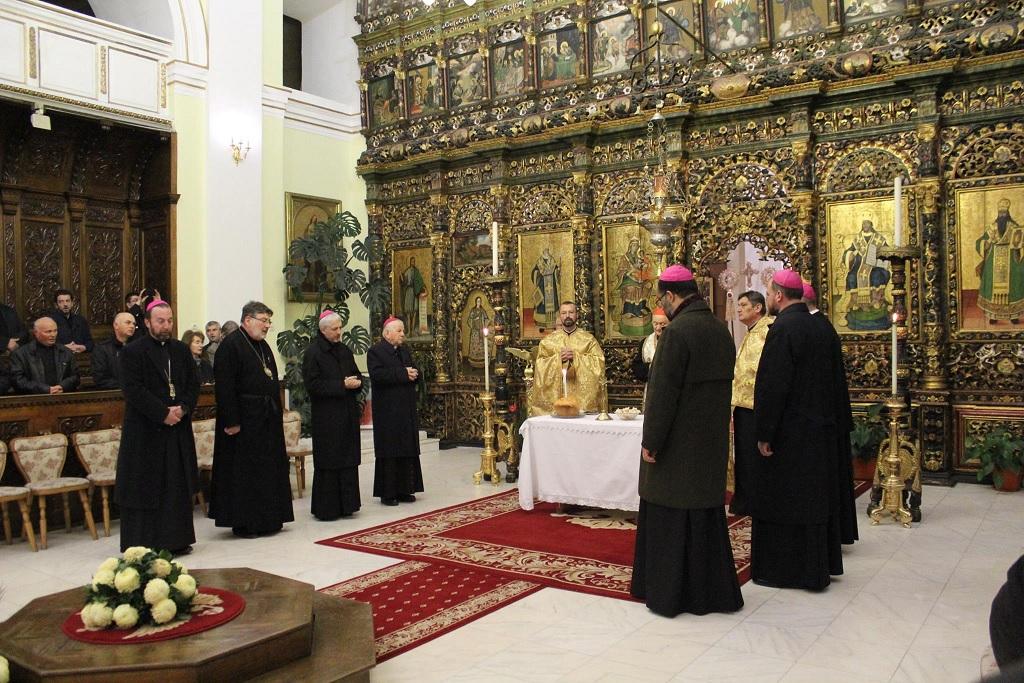 FOTO: Parastas pentru ierarhii greco-catolici morți în faimă de martiri sub regimul comunist