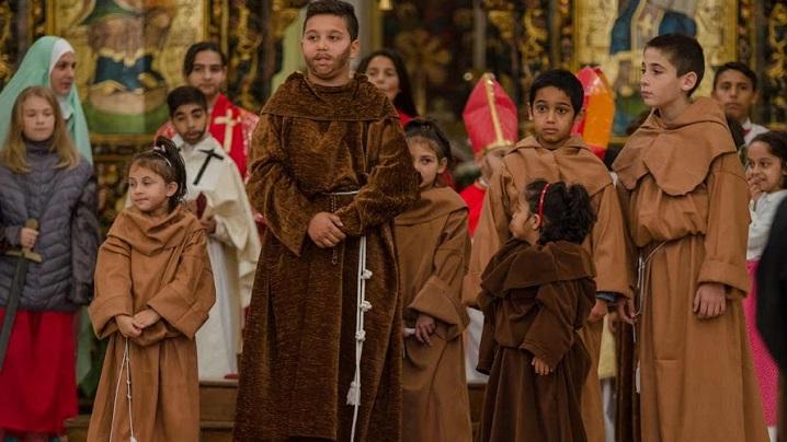 ASTRU junior Blaj: Parada Sfinților, nu Halloween (FOTO)