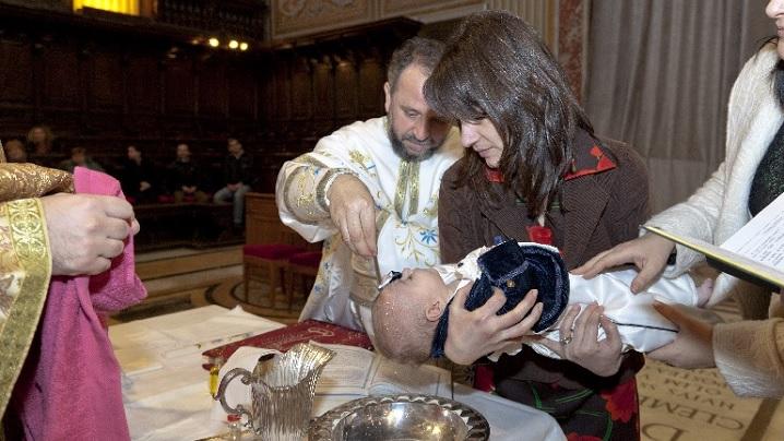 Nu uitați să botezați copiii