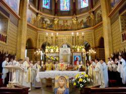 Biserica din Europa măsoară la Bucureşti presiunea mediatică şi mutaţiile culturale