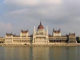 Sfântul Scaun și Ungaria au semnat un acord financiar