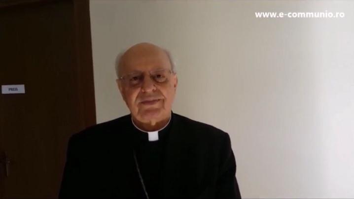 Cardinalul Baldisseri salută tinerii din România