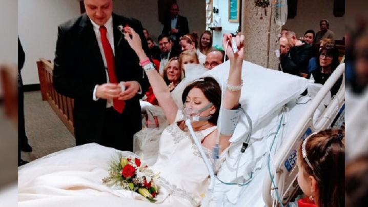"""Emoționantul """"DA"""" al celei care se căsătorește cu 18 ore înainte de a muri"""
