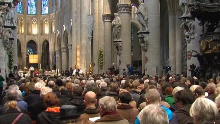 VIDEO: Creștini și musulmani uniți în rugăciune în Catedrala din Bruxelles