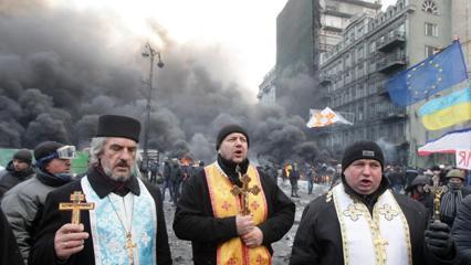 Catolicii din Ucraina: spre o nouă persecuţie