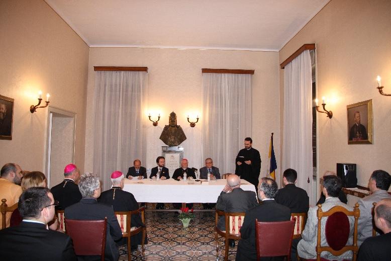 """La Colegiul Pontifical Pio Romeno din Roma a avut loc  prezentare cărții """"Lanțuri și teroare"""""""