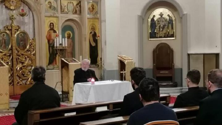 Colegiul Pontifical Pio Romeno: Conferință spirituală în biserica colegiului cu Pr. Mihály Szentmártoni