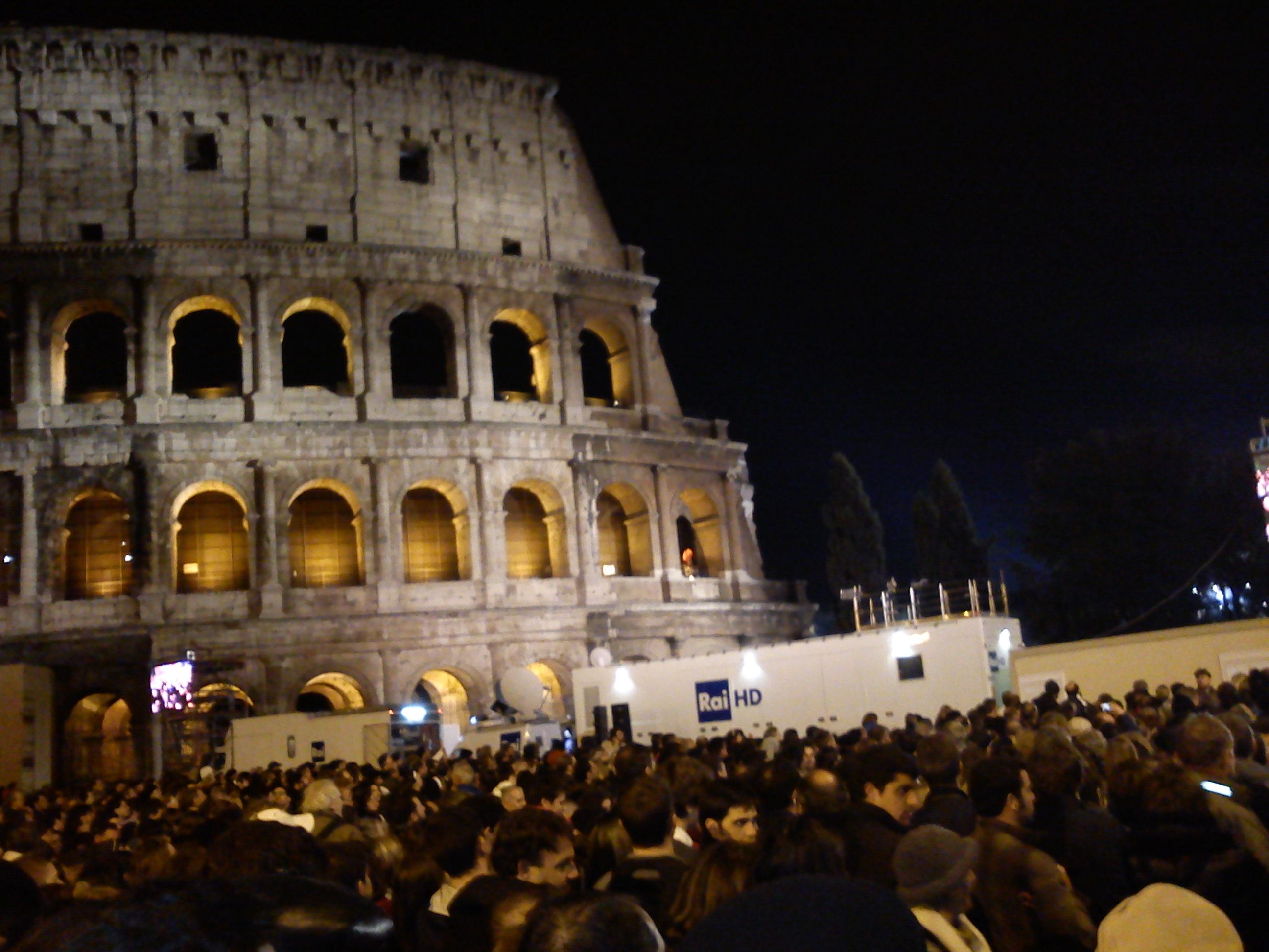 Patimile Domnului şi Calea Crucii alături de Sanctitatea Sa Papa Francisc