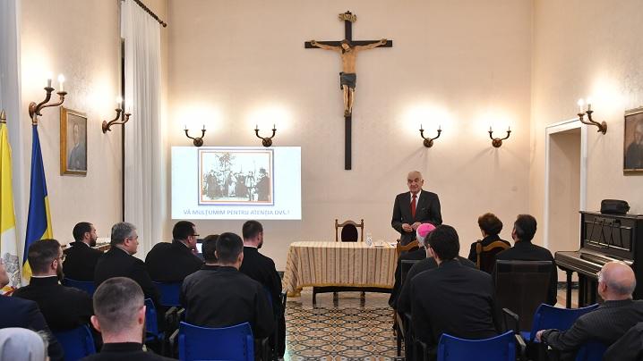 Conferință despre Unirea de la 1 decembrie 1918 la Colegiul Pontifical Pio Romeno