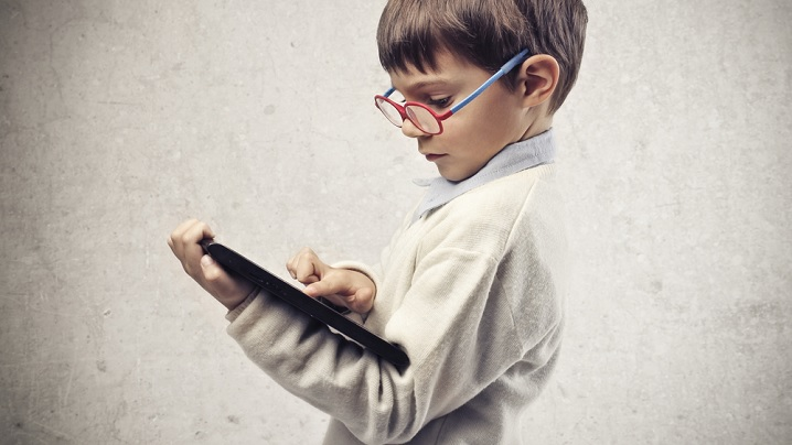 Efectele negative ale ecranelor și jocurilor video asupra copiilor