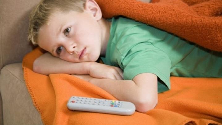 """""""Rugăciunea"""" unui copil neglijat: Doamne, fă-mă telecomandă!"""