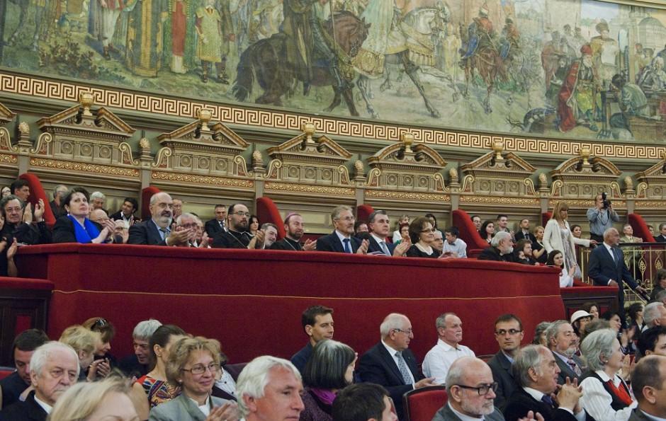 Video: Prezenţă greco-catolică la evenimentele organizate în memoria lui Corneliu Coposu