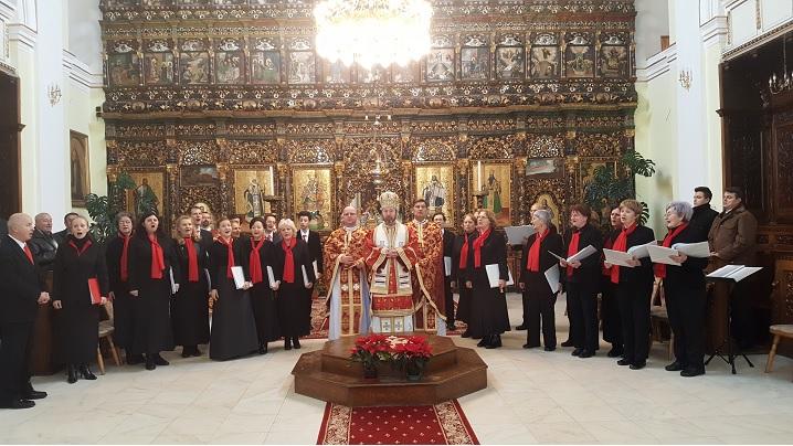 """Foto: Concert de colinde susținut de corul """"Catolica"""" în Catedrala Blajului"""