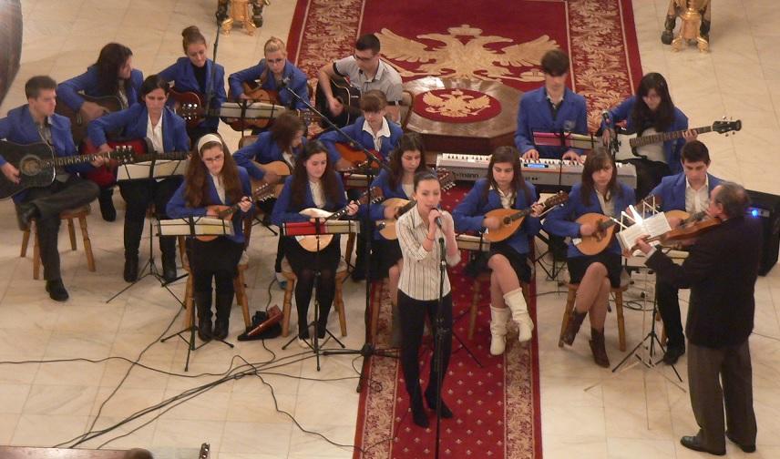 """FOTO: Grupul """"Crescendo"""" a concertat în Catedrala """"Sfânta Treime"""" din Blaj"""