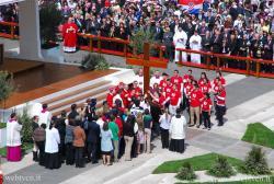 Pe 6 iulie vor sosi la Rio Crucea ZMT şi icoana Preacuratei