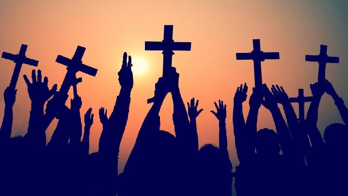 8 sfinți care în agonia lor au revelat iubirea lui Cristos