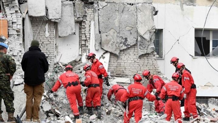 Papa Francisc se roagă pentru poporul albanez lovit de puternicul seism