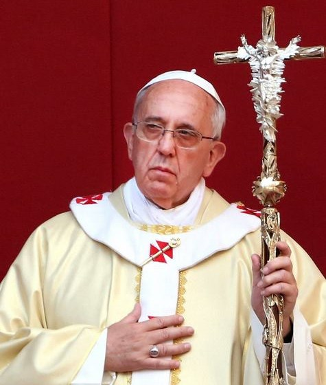 """""""Crux Gloriosa"""": noua cruce pastorală a Papei Francisc"""