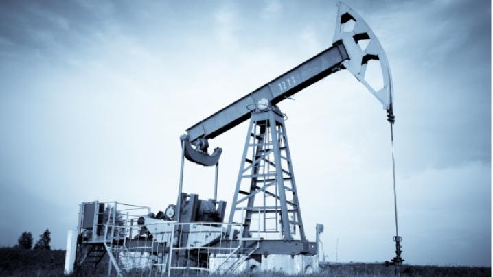 """De ce omul """"costă"""" mai puţin decât petrolul?"""