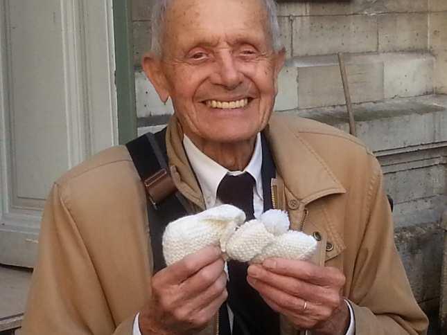 Un bătrân de 85 de ani, amendat cu 5000 de euro pentru că a îndemnat o femeie să nu avorteze