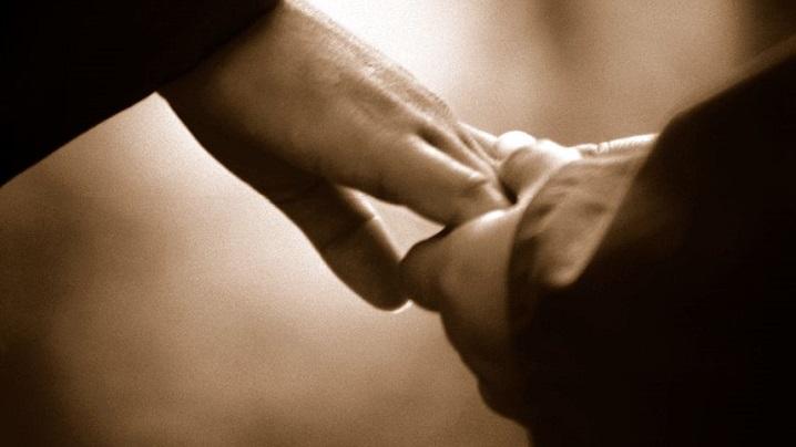 Biserica condamnă păcatul dar îl îmbrățișează pe păcătos