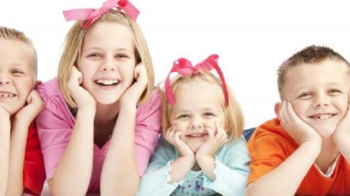 Opt pași pentru a-ți face copiii mai fericiți