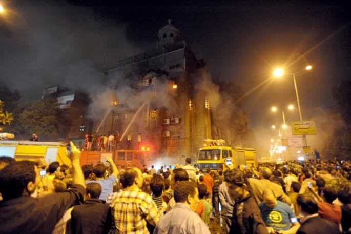 Violenţele din Egipt s-au abătut şi asupra comunităţii creştine
