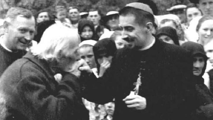 """""""Biserica Tăcerii"""": Documentar Radio Europa Liberă"""