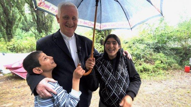 """Întâlnirea """"Biserica şi ţiganii - a vesti Evanghelia în periferii"""": discursul Papei Francisc"""