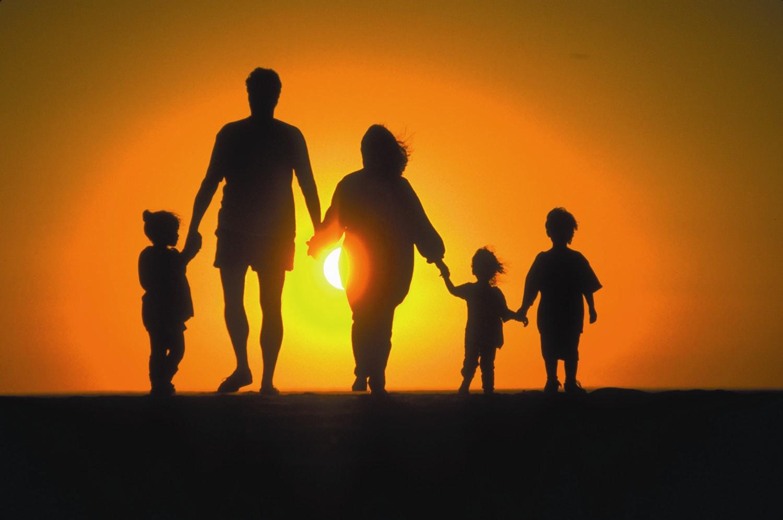 Familia nu este o relicvă din trecut ci o speranță pentru viitor