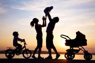 Copiii noștri nu au nevoie de părinți perfecți, ci de adulți înfometați de adevăr (prima parte)