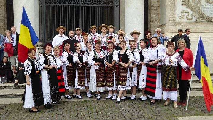 Românii din Roma la sărbătoarea popoarelor