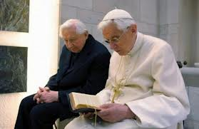 Modelul fraţilor Ratzinger, o floare tot mai rară