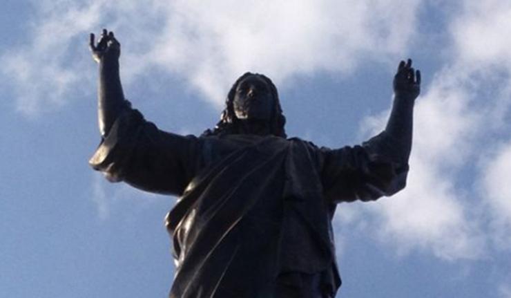 Miracolul statuii lui Isus care a oprit timp de trei zile războiul