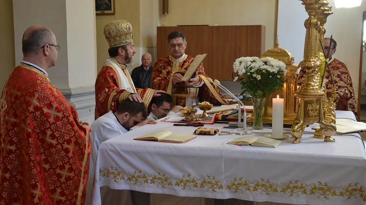FOTO: Hirotonire de diaconi în Catedrala Blajului