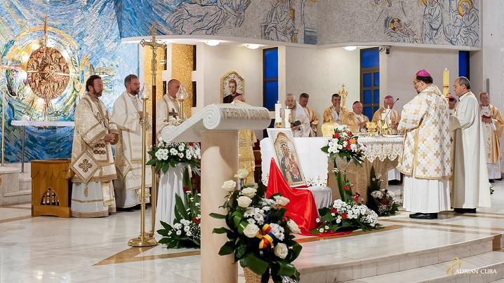 Album Foto: Sfânta Liturghie bizantină celebrată la Iași cu ocazia CER