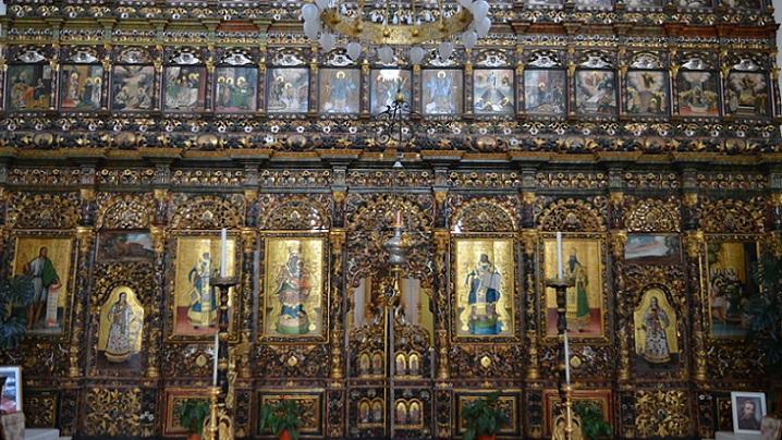 Lumina Catedralei SfântaTreime - Blaj într-un minut